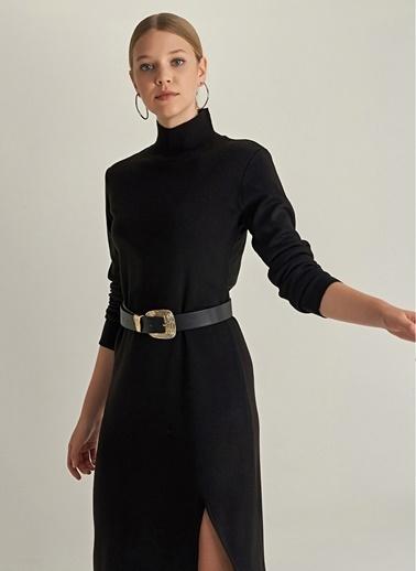 NGSTYLE Yırtmaç Detaylı Triko Elbise Siyah